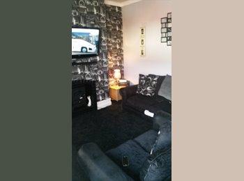 EasyRoommate UK - room for rent - Prestwich, Manchester - £350