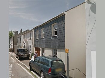 EasyRoommate UK - DOUBLE ROOM TO RENT CENTRAL FALMOUTH - Falmouth, Falmouth - £459