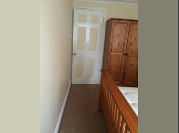 EasyRoommate UK - Double room for rent - Basingstoke, Basingstoke and Deane - £500