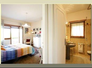 EasyRoommate UK - Short term room let for female only - Saffron Walden, Saffron Walden - £217