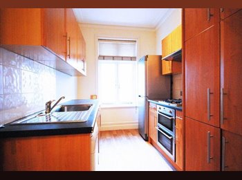EasyRoommate UK - Newly Painted Double Room. Wi-fi and Cleaner - Cricklewood, London - £693