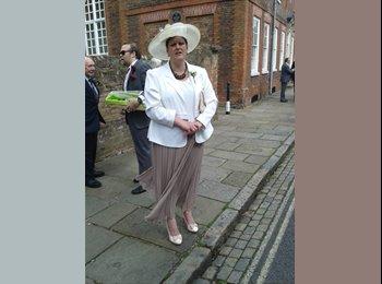 EasyRoommate UK - Donna  - 54 - Milton Keynes