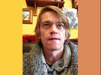 EasyRoommate UK - Dean - 46 - Newton Abbot
