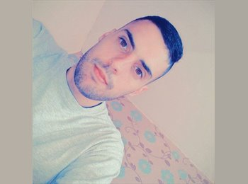 EasyRoommate UK - Alex - 26 - Coventry