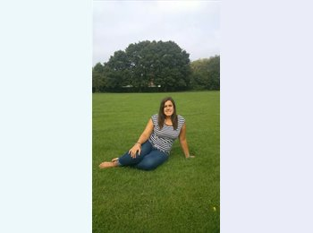 EasyRoommate UK - Monica  - 27 - Basingstoke and Deane