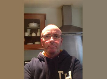 EasyRoommate UK - John - 48 - Hemel Hempstead
