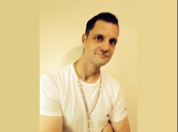 EasyRoommate UK - Danny Ryan - 30 - Harrogate