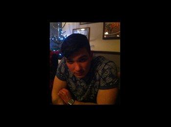EasyRoommate UK - Jon - 25 - Swindon