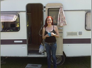 EasyRoommate UK - Anna - 35 - Chichester