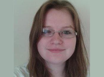 EasyRoommate UK - Louise Willows - 58 - Maidstone