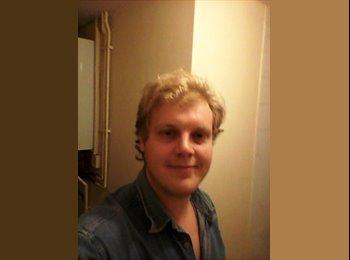EasyRoommate UK - Richard  - 26 - Peterborough
