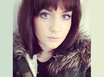 EasyRoommate UK - Amy - 22 - Brighton and Hove