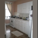 EasyRoommate US  family renting a furnished room - Astoria, Queens, New York City - $ 950 per Month(s) - Image 1
