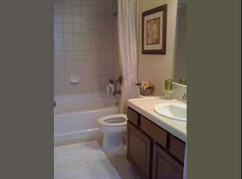 EasyRoommate US - Room with Private Bath - North Highlands, Sacramento Area - $500