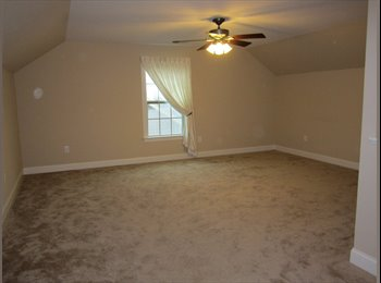 EasyRoommate US - Third Floor Suite in Private Home for Rent w/Bath - Raleigh, Raleigh - $600