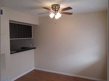 EasyRoommate US - Conveniently Located Apt for the Price of a Room! - Downtown - Alamo Heights, San Antonio - $545