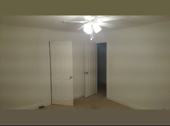 EasyRoommate US - 1 ROOMS RIGHT NOW - Pensacola, Other-Florida - $500