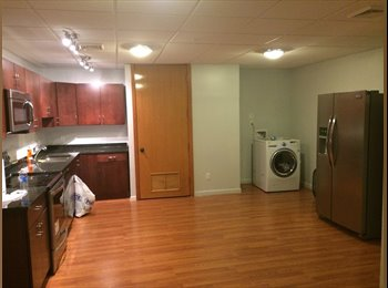 EasyRoommate US - Room for Rent in a 3 bedroom luxury apartment  - Downtown Syracuse, Syracuse - $700