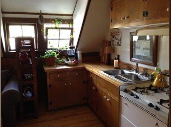 EasyRoommate US - Quaint, Cozy room - Burlington, Burlington - $750