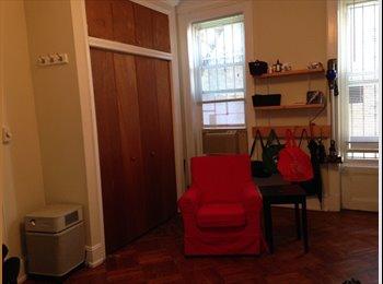 EasyRoommate US - Big room in 2 bedroom. Park Slope, 5th Avenue - Park Slope, New York City - $1200
