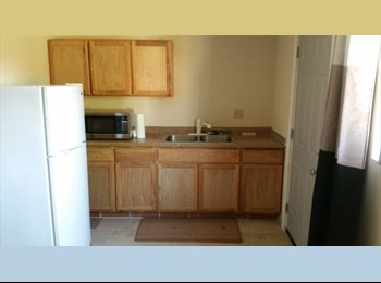 EasyRoommate US - Mother-in-law Quarters - Tower District, Fresno - $500