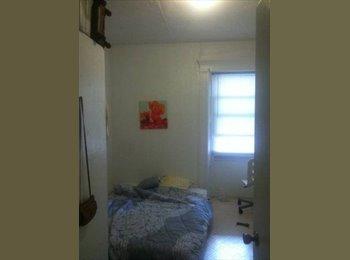 EasyRoommate US - Room available for sublet - Burlington, Burlington - $770