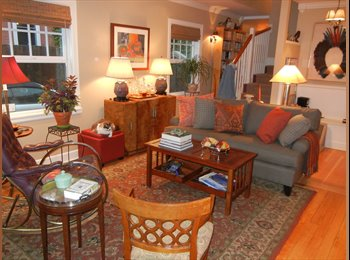 EasyRoommate US - Bed&Bath Suite in Gorgeous House Near Reed College - Multnomah, Portland Area - $950