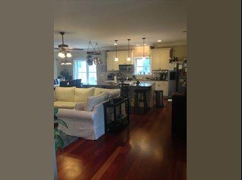 EasyRoommate US - Lrg room/top floor w/water view & private balcony - Charleston, Charleston Area - $875