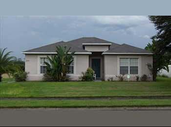 EasyRoommate US - Sapcious 3/2 home in quiet neighborhood - Seminole County, Orlando Area - $1395