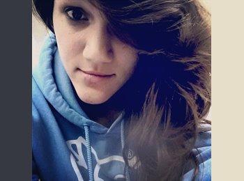 EasyRoommate US - Rebecca - 18 - Other-South Carolina