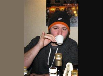 EasyRoommate US - Nick - 27 - Pittsburgh