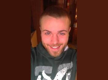 EasyRoommate US - cory  - 22 - Other-Kentucky