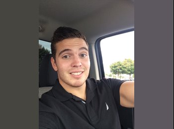 EasyRoommate US - Tommy - 22 - Dover