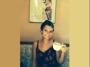 EasyRoommate US - Lauren - 23 - Virginia Beach
