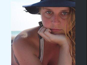 EasyRoommate US - Heather - 23 - St Petersburg