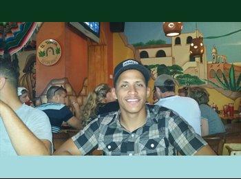EasyRoommate US - Angel - 23 - Orlando Area