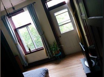 EasyRoommate CA - Room avail Nov 1st Furnished/Meublé - Hochelaga - Mercier - Hochelaga - Maisonneuve, Montréal - $510