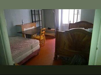 Appartager FR - chambre au centre d aubagne - Aubagne, Marseille - €450