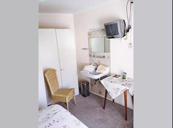 EasyKamer NL - Hotel Troisfontaine verhuurt studenten kamers - Centrum, Maastricht - €475