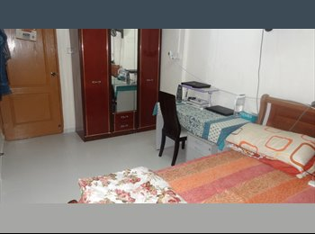 EasyRoommate SG - Master Room for Rent * No Owner * NO Agent Fee - Tampines, Singapore - $1000