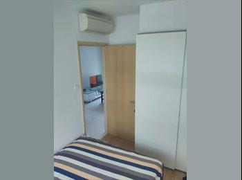 EasyRoommate SG - Common room in condo walking to NUS, Haw Par Villa - West Coast, Singapore - $1150