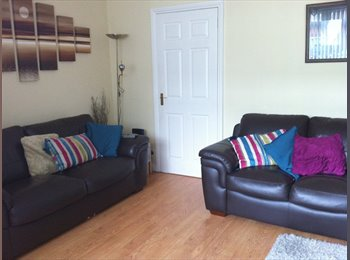 EasyRoommate UK - Double room in High Heaton Available IMMEDIATLEY! - High Heaton, Newcastle upon Tyne - £390