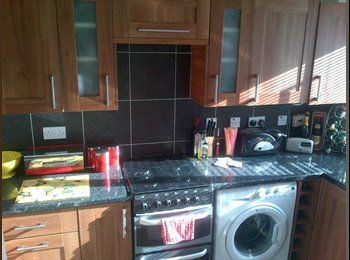 EasyRoommate UK - Double room (inc utilities) - Glenfield, Leicester - £320