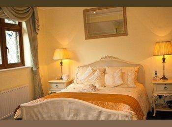 EasyRoommate UK - Double Bedroom & en suite bathroom on Private Park - Orpington, London - £650