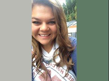 EasyRoommate US - Paige - 19 - Other-Ohio