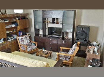 CompartoDepto AR - Habitación para mujer estudiante o profesional - Morón, Gran Buenos Aires Zona Oeste - AR$1400