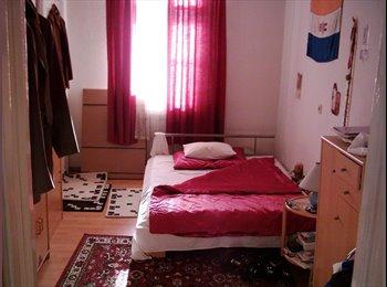 EasyWG AT - Bin kaum hier, suche verlässlichen Mitbewohner - Wien 14. Bezirk (Penzing), Wien - €330