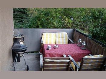 EasyWG AT - Mitbewohnerin gesucht für 2er WG in Haus mt Garten - Wien 14. Bezirk (Penzing), Wien - €380