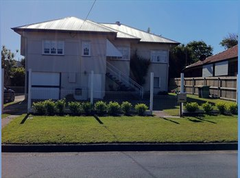 EasyRoommate AU - Peaceful Home - Woody Point, Brisbane - $737