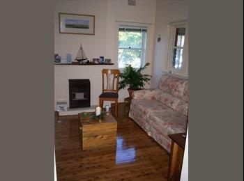 EasyRoommate AU - Convenient, Affordable, Beautiful &  Friendly - Bardwell Park, Sydney - $780
